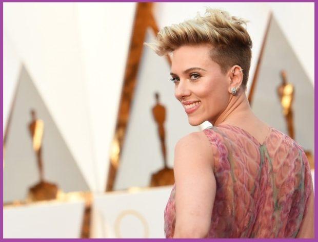 Scarlett Johansson, avec un look plus sophistiqué - Les boucles d'oreilles les plus flatteuses pour votre coupe de cheveux