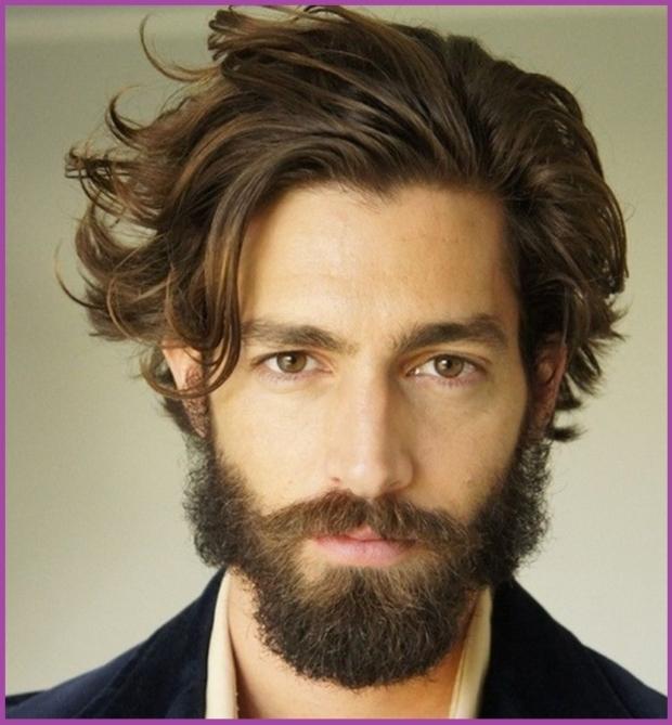 Michael Huisman porte les cheveux mi-longs hipster comme personne d'autre - Coupes de cheveux hipster pour hommes