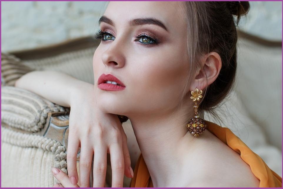 Comment obtenir un look époustouflant. Conseils et secrets de l'Eyeliner et plus encore...